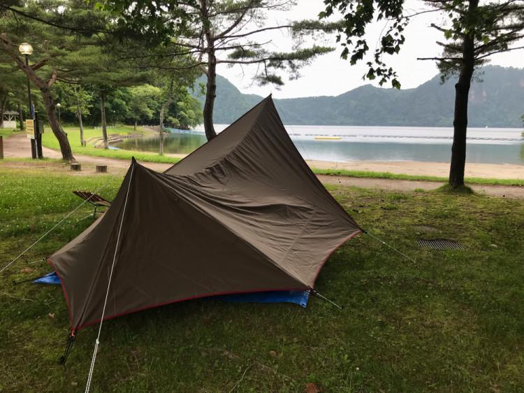 沼沢 湖畔 キャンプ 場